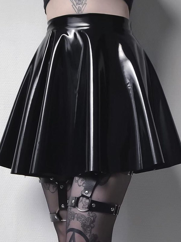 Patent Leather Pleated Skirt - Black S