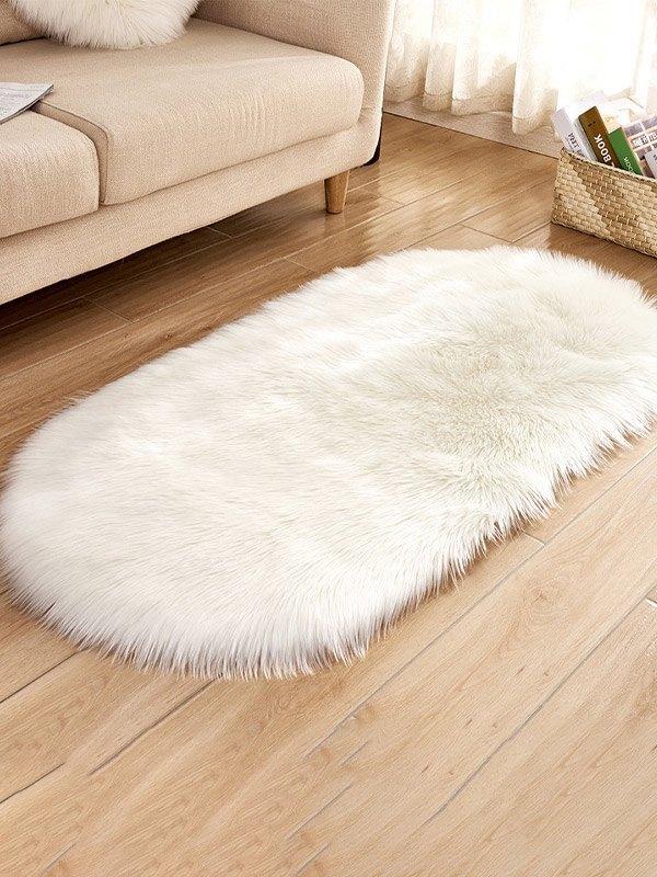Plush Oval Lounge Carpet - White 50*80