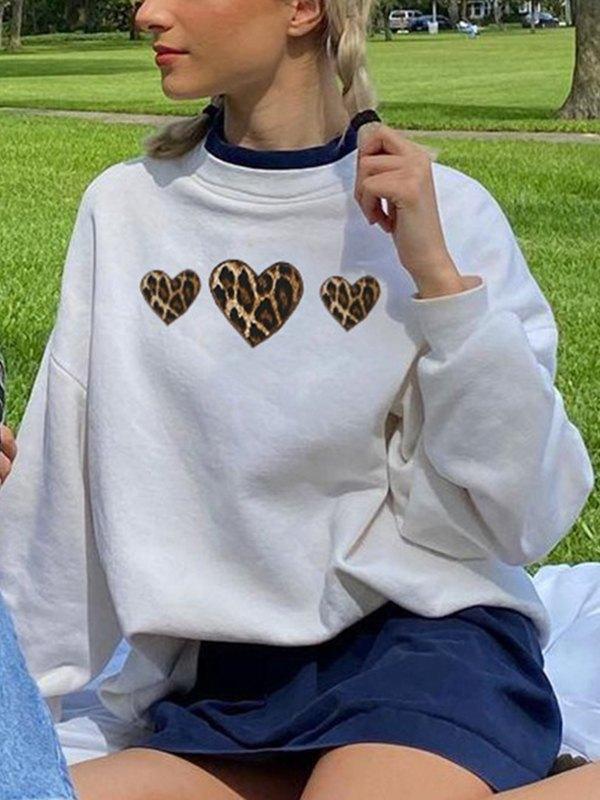 Leopard Heart Pattern Sweatshirt - White L