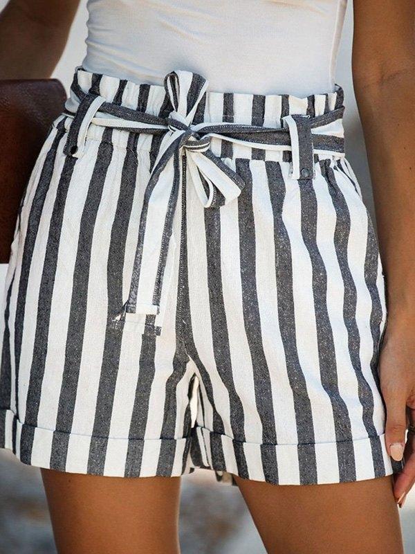 Lace Up Striped Cuffed Shorts - Gray M