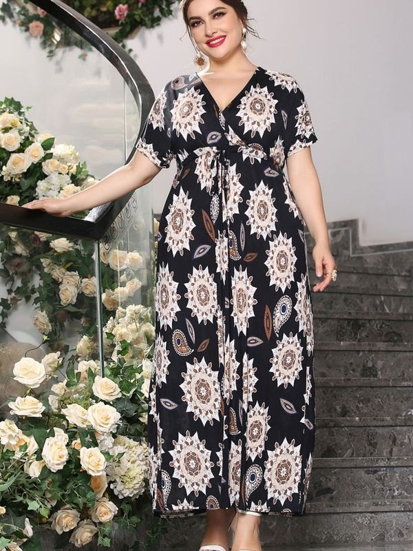 Plus Size Paisley Floral Short Sleeve Wrap Maxi Dress - Black 4XL